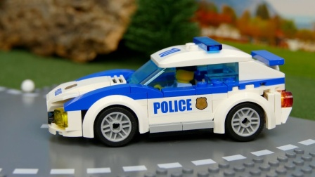 拼搭乐高警用小汽车玩具