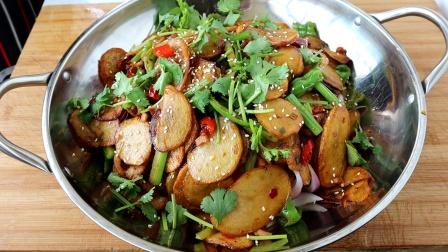 家常版干锅土豆片的做法,香辣爽口过瘾,好吃不油腻,做法超简单