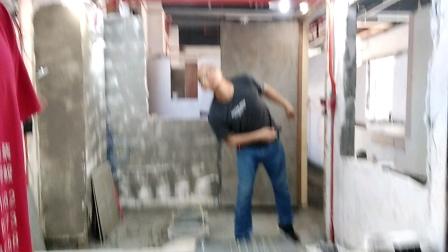 贴瓷砖培训,水电工培训,瓦工培训,安装木门培训