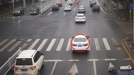 """交警提醒:这4种""""闯红灯""""不会扣分,车主:这下可以安心开车了"""