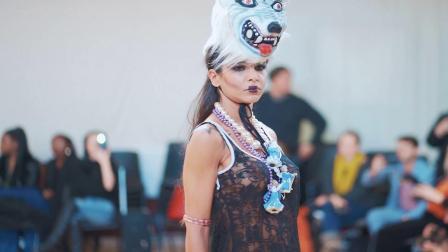 美女走秀,伦敦时装周上的疯狂狼女孩穿羊皮的狼