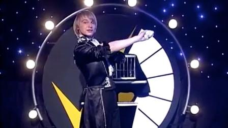 Vitaliy Luzkar 鸽子魔术