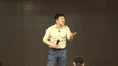 张雪峰:学机械类专业,一定能进上汽集团?搞不好被拖去修拖拉机