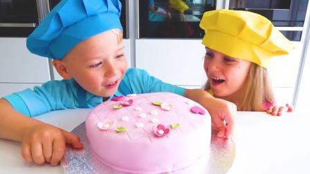 好漂亮的蛋糕!萌娃小可爱们的手艺真棒!
