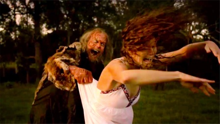 屠夫为了吃肉,疯狂捕食游客,惊悚电影《查理的农场》