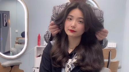 2021年最受女生欢迎的发型,气质洋气还好打理,可盐可甜好美
