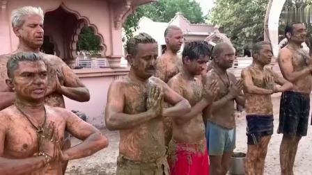 印度村民牛粪抹全身抗新冠 超恶新疗法恐造成聚集性感染