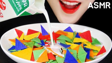 吃货:挑战韩国美食巧克力片,好多颜色,不错