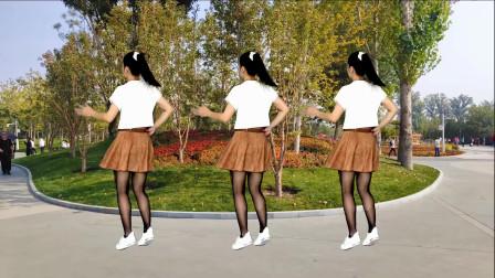 广场舞《一万个对不起》跳起来