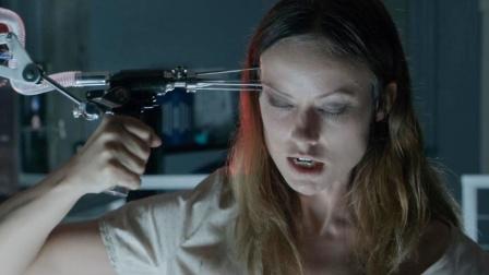 女科学家注射复活血清,大脑使用率至100%,成毁天灭地的恶魔