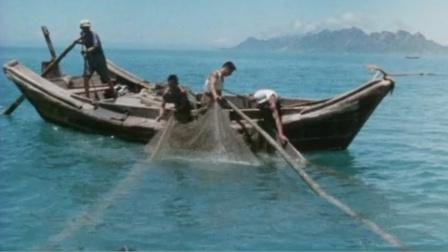 法国1976年拍的中国生活纪录片,医病不要钱,一套房800元