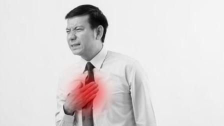 肺癌缠身,上半身会有3个信号,占一个也别忽视,及时检查