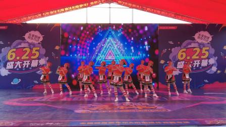 纪念建党100周年大型文艺演出:红歌舞蹈-《侗乡儿女心向党》