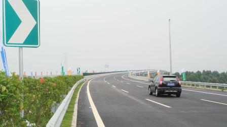 高速上开到90码 方向打死有异响是怎么回事?