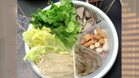 吃火锅,一个拼盘就可以搞定,既能洗菜沥水