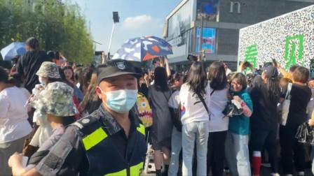 龚俊现身杭州捞金,女粉丝太疯狂了,保安人员完全不起作用!