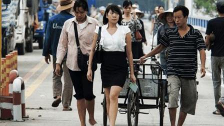 越南姑娘喜欢来河口做生意,她们卖的是什么?看完就明白了