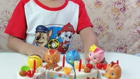 趣味童年:佩奇去找朵朵玩,还吃了蛋糕