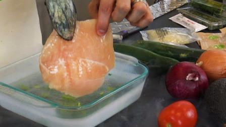 液氮冷冻效果有多强?老外用肉类蔬菜测试,液氮确实不一般!