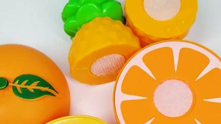 水果切切乐 芒果香蕉和菠萝