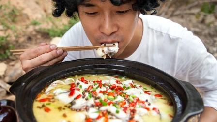 花5千学的酸菜鱼,免费教给大家,肉质鲜嫩,值了!