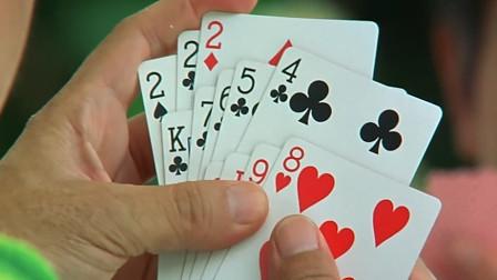 陈百祥摸到这种好牌,却还要忍一手,结果一张牌还没出就输了