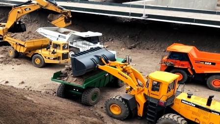 仿真遥控工程车队运输泥土,翻斗车装载车卡车挖掘机铺路真棒!
