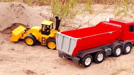 工程车开工啦,红色自卸车和黄色装载车运输泥土,故障车救援汽车
