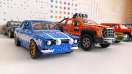 漂亮的小汽车玩具旋转展示