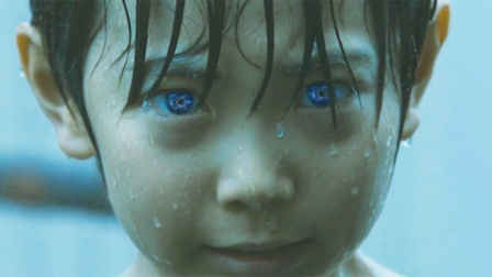 男孩被亲生母亲抛弃,只因他天生一双异能之瞳,一对视立马被操控