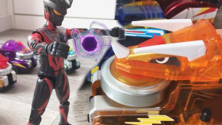 暗黑赛罗被陀螺战车军团打跑,迷你爆龙战车得到能量币!