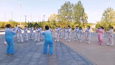 老年体协大季家太极拳健身气功培训