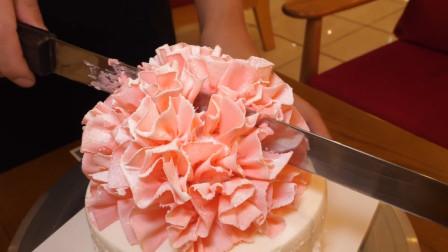 把蛋糕做成康乃馨花束,价格瞬间翻涨一倍,你还想吃吗?