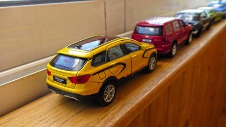 炫彩轿车越野车小汽车玩具排队行驶