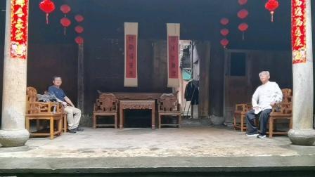 赵幼斌大师给弟子吕炳松开小灶,精益求精调拳架。