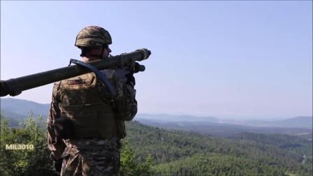 斯洛文尼亚士兵手中持有的俄制igla便携式防空导弹