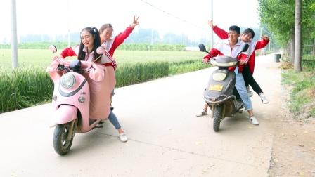 虎妹羡慕小伙伴骑电动车,奶奶给虎妹买了一辆