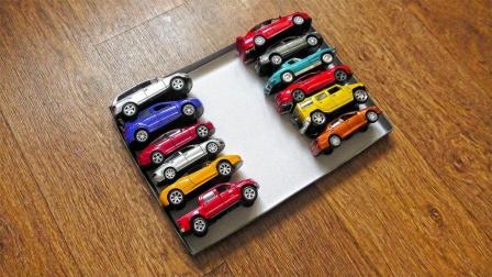 12台跑车和小轿车玩具展示