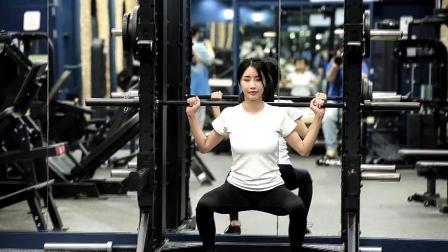 韩国美女模特林帅雅임솔아 完美身材的秘诀🌺~美体训练掠影