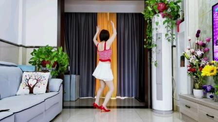 简单32步广场舞背面演示(一手情二手爱)一看就能跳