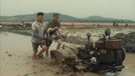 外国拍的中国纪录片2,真实展现了70年代的军队生活