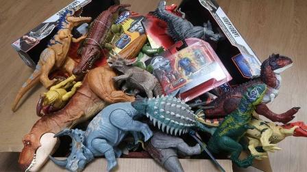 可爱的侏罗纪小恐龙玩具介绍