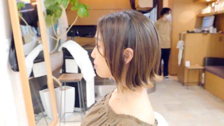 """35岁女性嫌头发太蓬太乱,到理发店尝试""""外翻短发"""",完全不一样"""