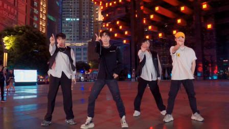 在吗?要不要一起看看重庆的夜景?