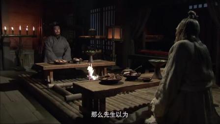 三国:刘备潦倒时,水镜先生给他引荐一位奇才