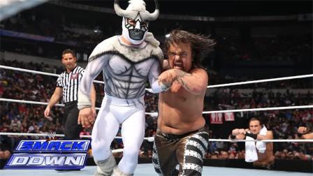 WWE身高134厘米的小矮子对决,胡克霍根对战小公牛,场面滑稽搞笑