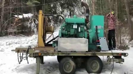 下这么大的雪都能启动成功,这柴油机性能真是厉害.
