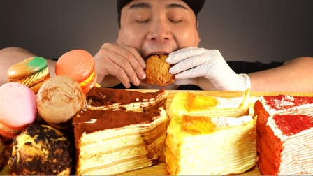 吃货:开吃夹心饼干、蛋糕等,软腻真好吃