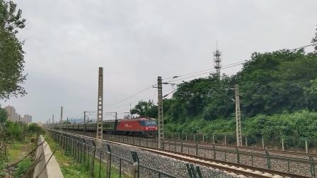 京局京段HXD3D-0424牵引K158次列车(湛江->北京)通过!(1)