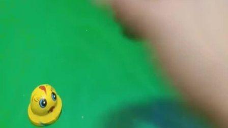 趣味童年:里面到底有什么?